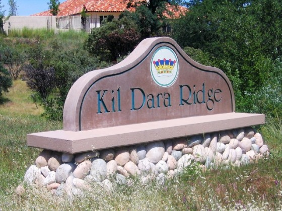 Monument Sign with Logo - Kil Dara Ridge - Redding, CA
