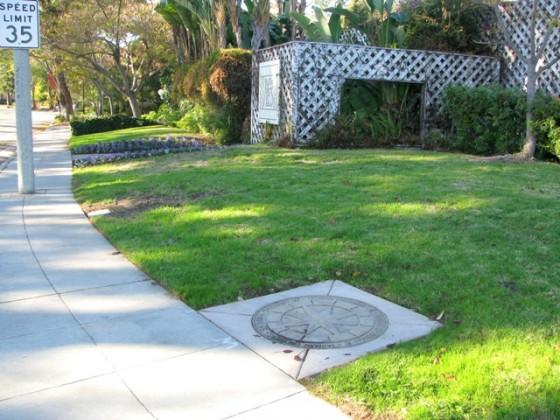 Precast Compass Medallion - Santa Clara, CA