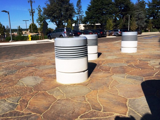 Precast Concrete Lighted Bollard